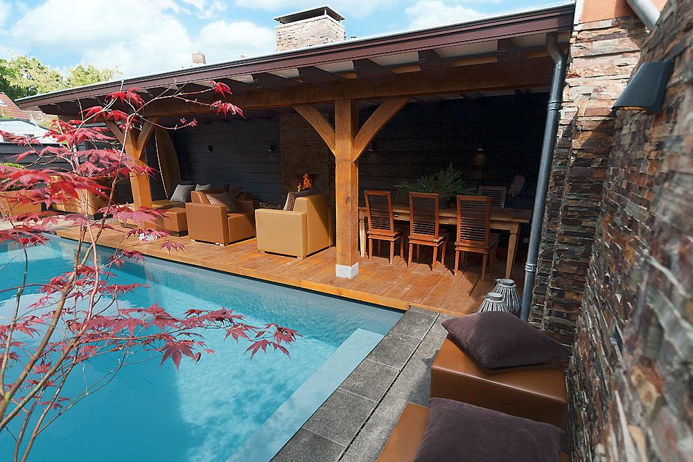 Wellness tuin met een ware buiten huiskamer en eetkamer - Tuin met zwembad design ...
