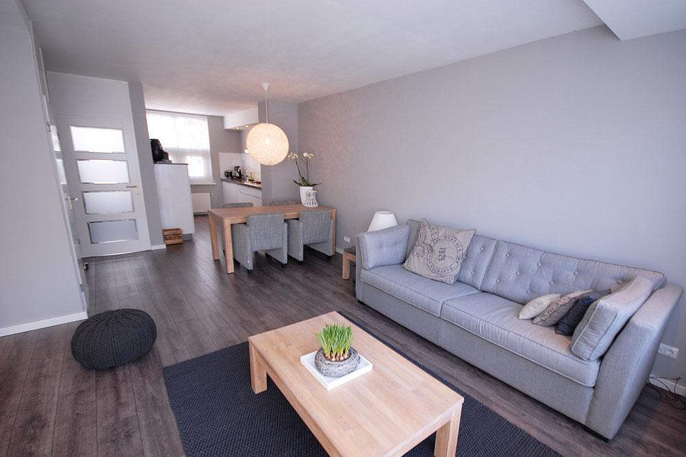 Gezinswoning metamorfose - Moderne eetkamer en woonkamer ...