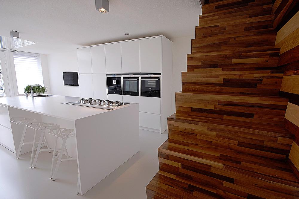 Zwarte Slaapkamer Meubels : Minimalistisch interieur gevuld met design ...