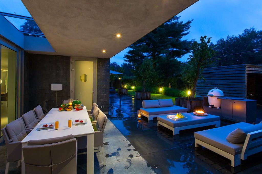 Buiten woonkamer tuin ontwerp versteegh design architecture