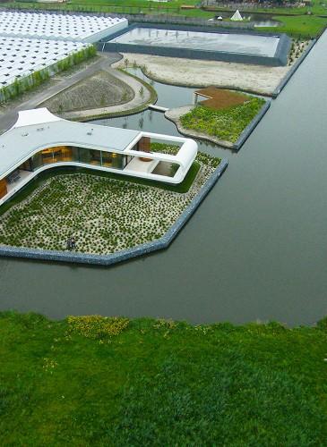 futuristische-villa