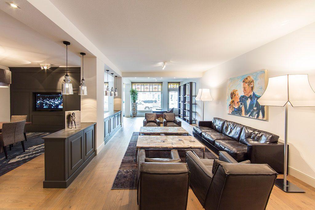 Directie kantoor in het hippe katendrecht versteegh for Kantoor interieur design