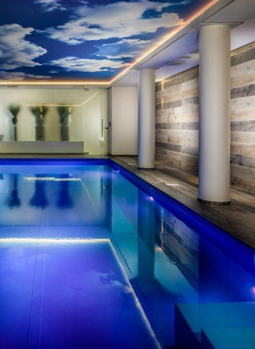 hotel-zwembad-renovatie-zee-versteegh-design
